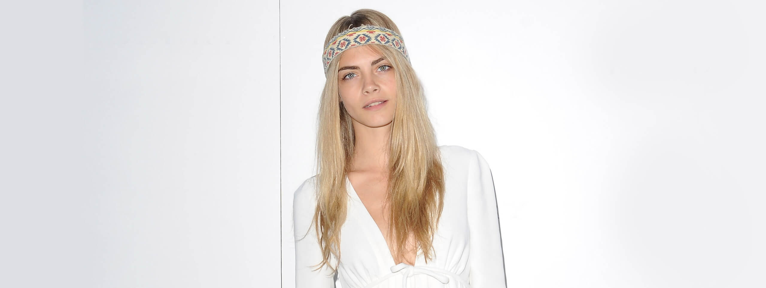 Cara Delavinge with long summery hairstyle
