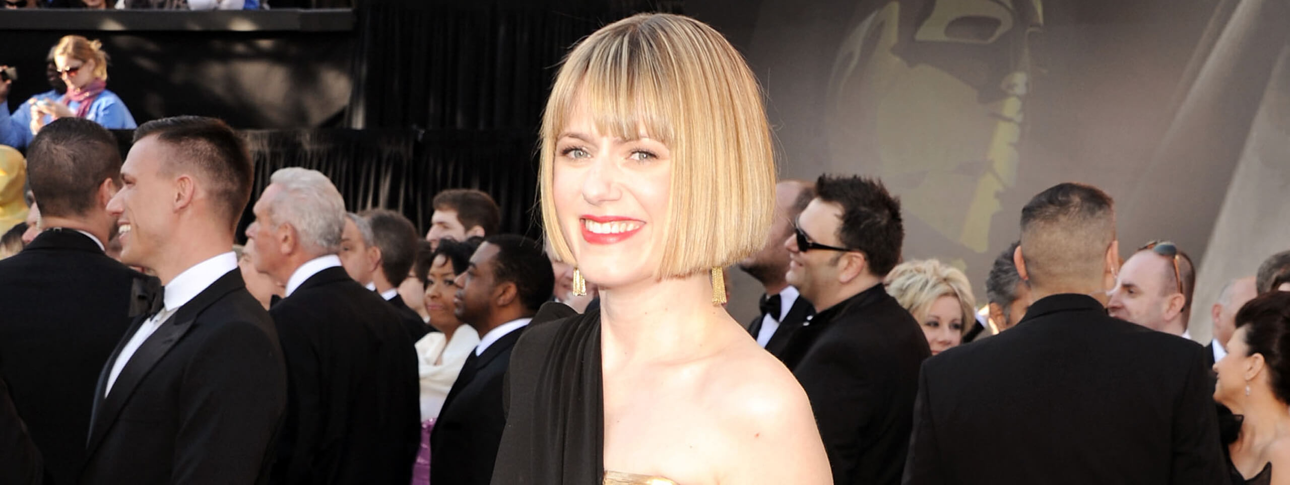Celebrity with blonde bob hairstyles