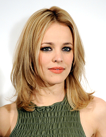 The ash blonde hair of Rachel McAdams comes alive with streaks and ...