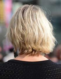 Back view of Cameron Diaz' wavy bob